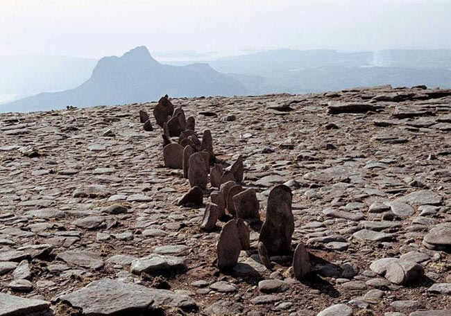 Richard Long A line in Scotland 1981